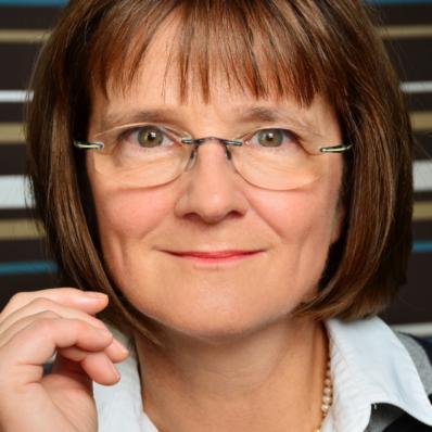 Dr. Hildegard Schicke